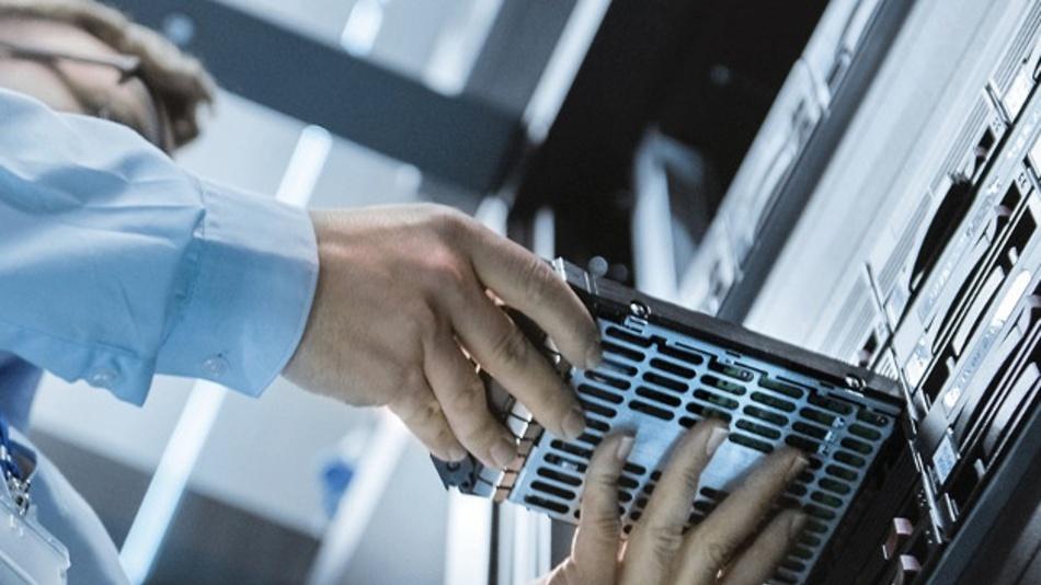 Der Hochleistungsregler der Serie µModule von Analog Devices erleichtert Kühlungsanforderungen in Rechenzentren.
