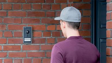 Moderne Türkommunikationsanlagen können in vielen Fällen sogar einfach nachgerüstet werden.
