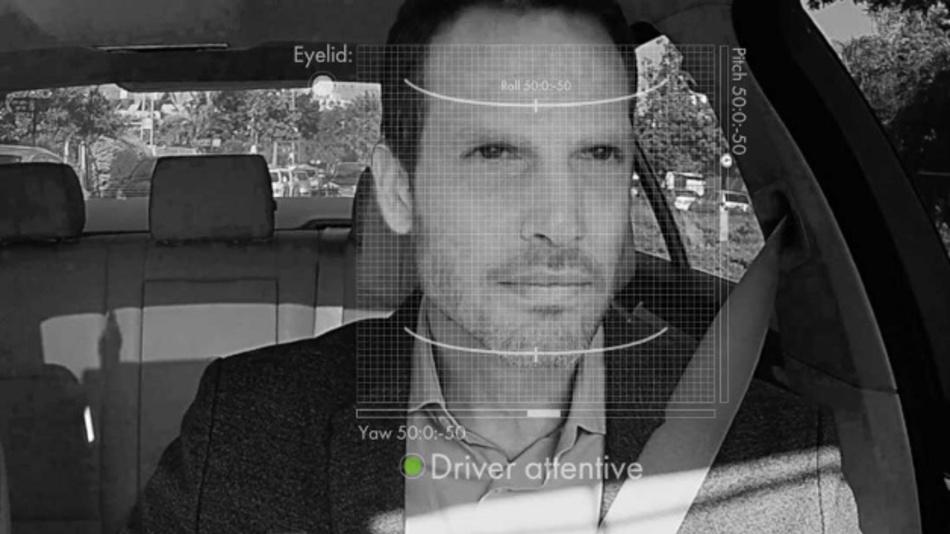 Das Driver Monitoring System (DMS) DriverSense ist Bestandteil von CabinSense und überprüft beispielsweise die Aufmerksamkeit des Fahrers.