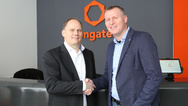 v.l.n.r.: Thomas Schrefel, Product Manager Embedded bei Fortec und Diethard Fent, EMEA Partner Manager bei Congatec