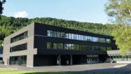Außenansicht der Blautopf-Schule, einer Gemeinschaftsschule in Blaubeuren, Baden-Württemberg.