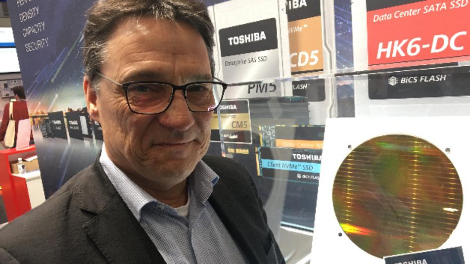 Axel Störmann, Toshiba: »Wir visieren mit diesem Ansatz ja nicht einfach nur den selben Marktsektor an, den die 3D-Xpoint-basierten Optane-Versionen derzeit besetzen.«