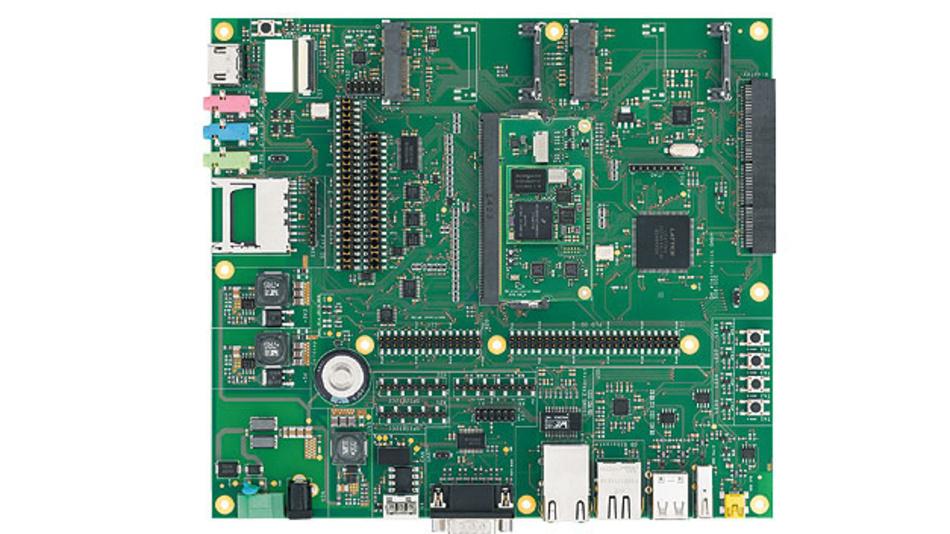 Bild 2. Modul auf Modul: Das LGA-System-on-Module ist hier auf ein SODIMM aufgelötet. Auf das Standard-Trägerboard gesteckt, kann sofort mit der Software-Entwicklung begonnen werden, bevor ein anwendungsspezifisches Trägerboard fertig ist.