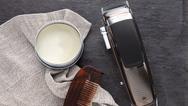 """Der """"Heritage Haarschneider HC9100"""" von Remington ist zum Preis von 79,99 Euro (UVP) im Handel erhältlich. Bei einer Online-Registrierung innerhalb von 28 Tagen nach dem Kauf des Produktes kann der Kunde die Garantie von 5 Jahren auf 6 Jahre verlänge"""