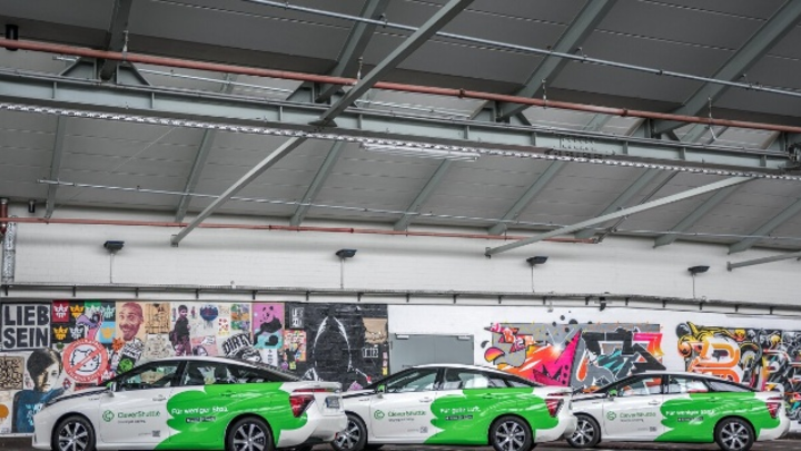 45 Toyota Mirai fuhren bei CleverShuttle bereits eine Millionen Kilometer ab.
