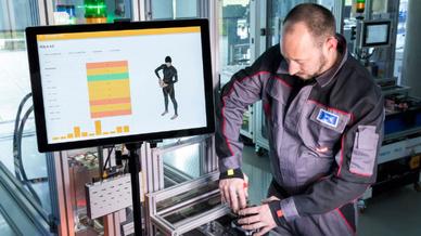 Intelligente Sensornetzwerke sollen körperliche Belastungen am Arbeitsplatz reduzieren.