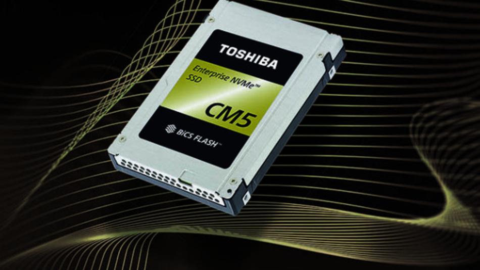 Die SSD CM5 NVM Express (NVMe) von Toshiba Memory basiert auf der »BiCS-FLASH«-Technik mit 64-Layern. Die Zellen speichern jeweils 3 Bit (Triple Level Cell, kurz TLC).