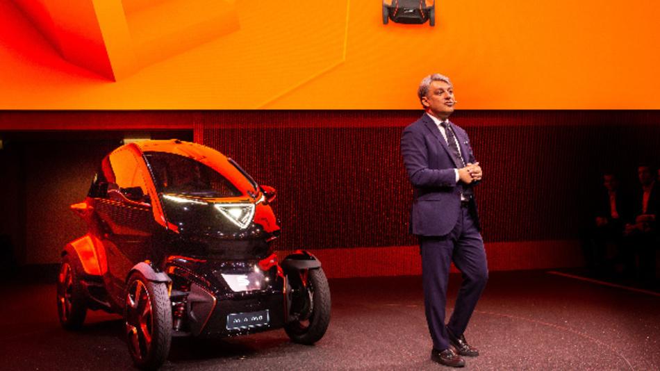 Einen Tag nachdem Seat das Konzeptfahrzeug Minimó vorgestellt hat, gab das Unterehmen eine Zusammenarbeit mit IBM bekannt.