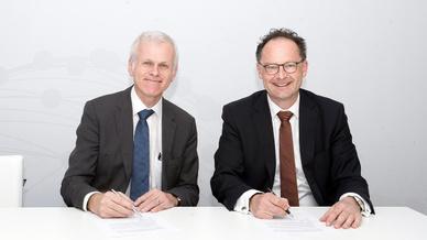 Siegfried Gross, Keysight, und Manfred Miller, Nordsys, auf dem MWC 2019