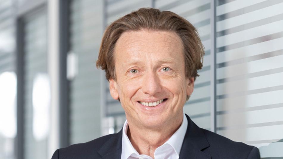 Karl Gadesmann  hat sein Mandat als Finanzvorstand im Einvernehmen mit der Gesellschaft mit sofortiger Wirkung niedergelegt.