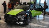 Das Nvidia-Erprobungsfahrzeug für autonomes Fahren stand in der Eingangshalle des San Jose Convention Centers.