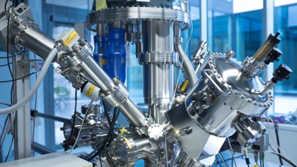 Am 26.03.19 wurden die Forschungsplattform CELEST und das Batterie-Exzellenzcluster POLiS eingeweiht.