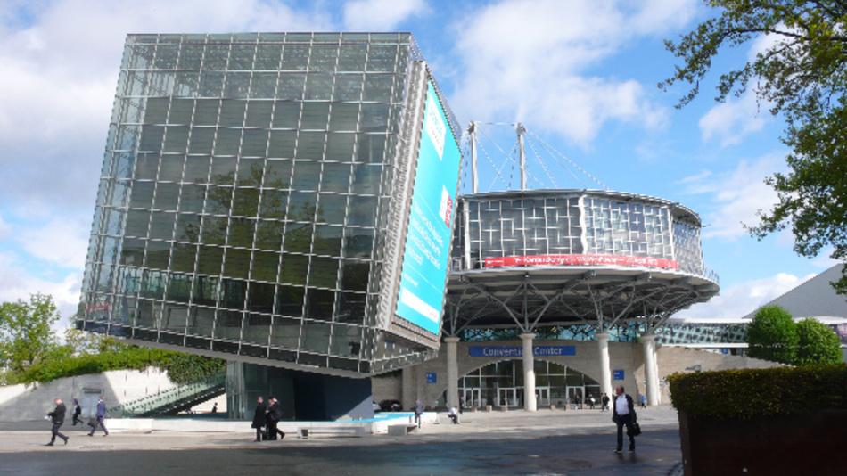 Die Südseite des Convention Centers während der Hannover Messe 2018