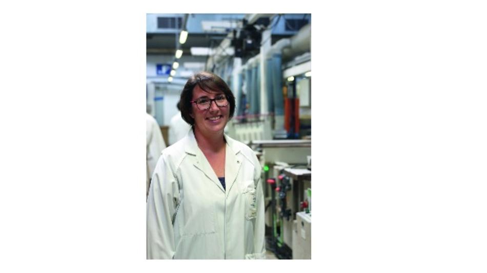 Marie LeScaon verantwortet die Oberflächenbehandlung im Werk Champagné von Soriau Esterline.