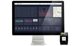 Mit der neuen Solar-Log Base (Hardware, rechts unten) und dem Solar-Log WEB Enerest 4.0 als zugehöriges online-Portal lässt sich das gesamte PV-Management übersichtlich steuern.