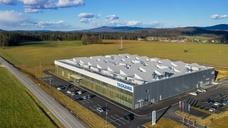 Luftaufnahme der Yaskawa-Roboter-Fabrik in Slowenien