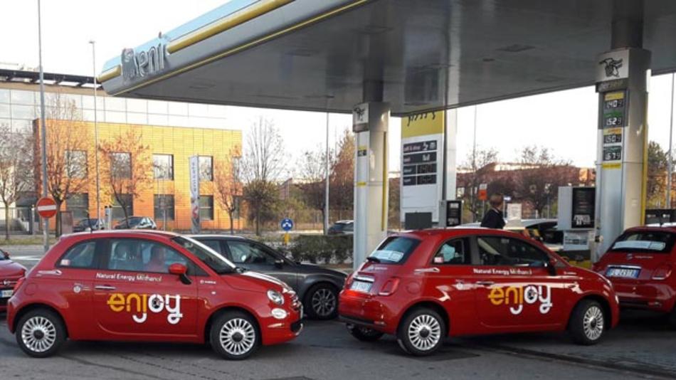Das von FCA und ENI entwickelte Benzin A20 enthält 15 Prozent Methanol und 5 Prozent Bio-Ethanol. Der Kohlendioxidausstoß wird um bis zu 3 Prozent gesenkt.