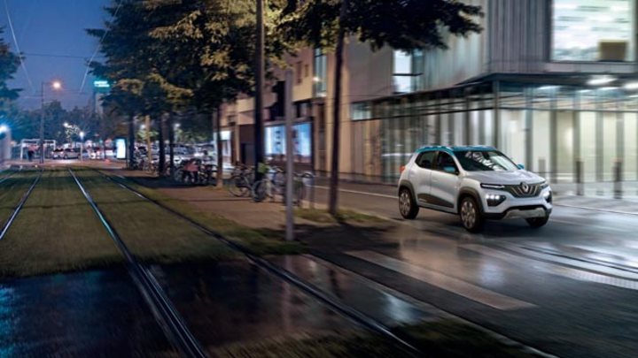 In Paris stellte Renault letztes Jahr erstmals das Showcar K-ZE vor. Nun kann der französische Autobauer auf der Shanghai Motorshow das Serienmodel präsentieren.