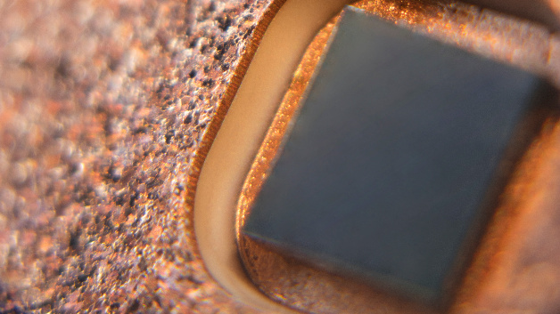 Close-up view of a wide-bandgap device embedded by the Ceramic Embedding technology.