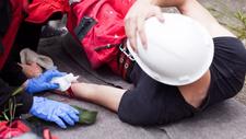 Arbeitssicherheit Ein Unfall im Betrieb: Was ist zu tun?