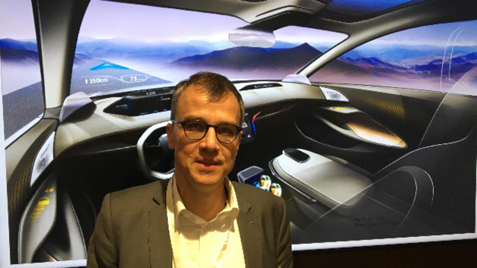 Dr. Erhard Barho, Continental: »Produkt- und kundenorientiert Prozesse auf Basis der organischen und gedruckten Elektronik in die Fertigung zu bringen – das ist Aufgabe des Technikums in Freiburg. Wir machen fast alles tauglich für Industrie 4.0.«
