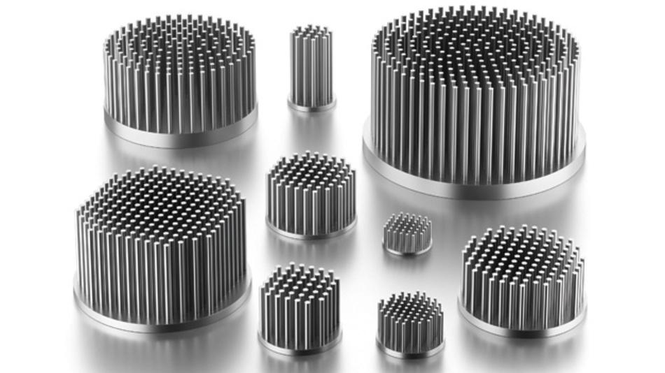 Bild 3. Stiftkühlkörper unterschiedlicher Größe für verschieden Einbaulagen.