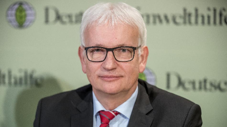 Jürgen Resch, Bundesgeschäftsführer der Deutsche Umwelthilfe, aufgenommen bei der Jahresbilanz der Nichtregierungsorganisation.