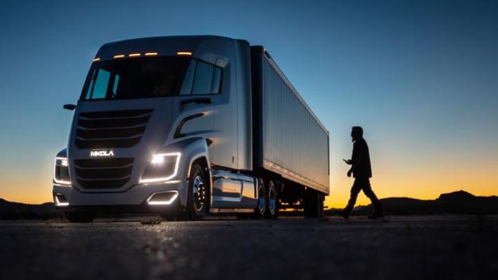 Der Nikola Two enthält nicht nur einen von Bosch und Nikola gemeinsam entwickelten Brennstoffzellenantrieb, sondern es ist weitere Bosch-Technik wie das Mirror-Cam- oder das Perfectly-keyless-System verbaut.