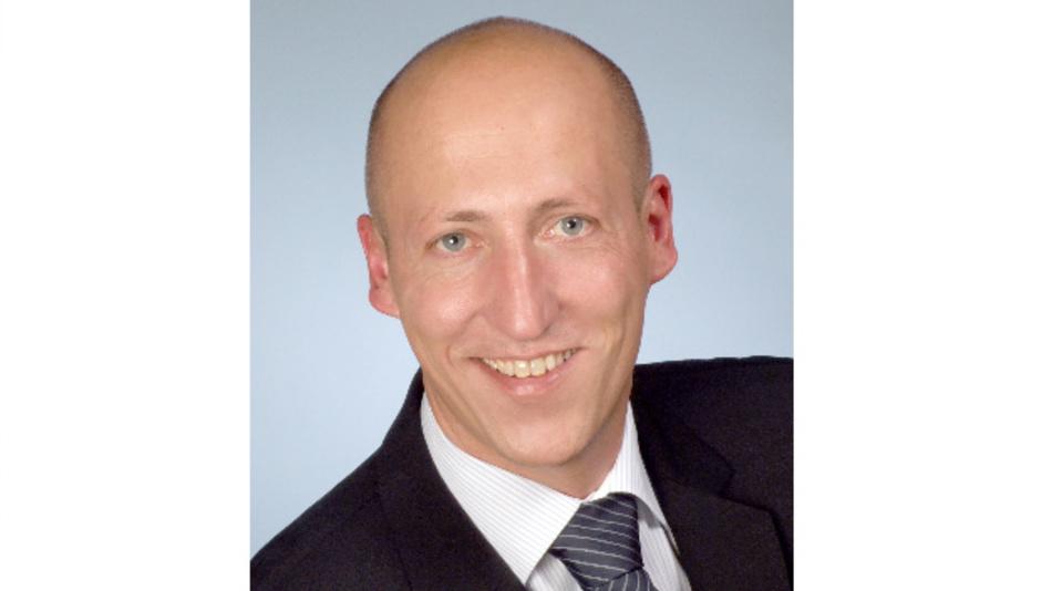 Mark Stöcker ist gelernter Groß- und Außenhandelskaufmann und geprüfter Handelsfachwirt IHK. Nachdem er in der Vergangenheit bereits zwölfJahre für CTX tätig war, ist Stöcker nun seit knapp zweiJahren als Vertriebsmitarbeiter bei CTX angestellt. E-Mail: info@ctx.eu