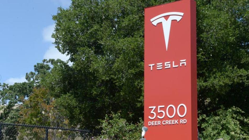 Rot wie sein Logo sind auch die Zahlen des Elektroautobauers Tesla im ersten Quartal 2019.