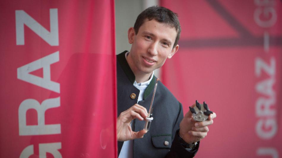 Stefan Freunberger, Forscher am Institut für Chemische Technologien von Materialien der TU Graz, beschäftigt sich intensiv mit Singulett-Sauerstoff.