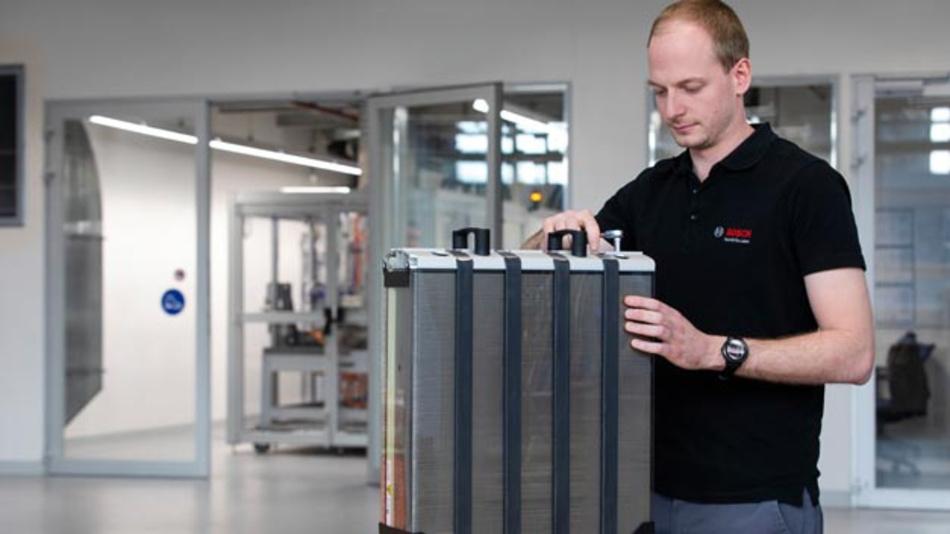 Bosch wird zukünftig zusammen mit Powercell Brennstoffzellen für Lkw und Pkw zur Serienreife bringen.