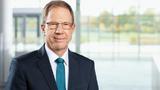 Dr. Reinhard Ploss, Infineon: »Die langfristigen Aussichten in unseren wichtigen Zielmärkten wie Elektromobilität, automatisiertes Fahren, erneuerbare Energien, Rechenzentren und mobile Kommunikation sind hervorragend. »Deshalb halten wir an strategi