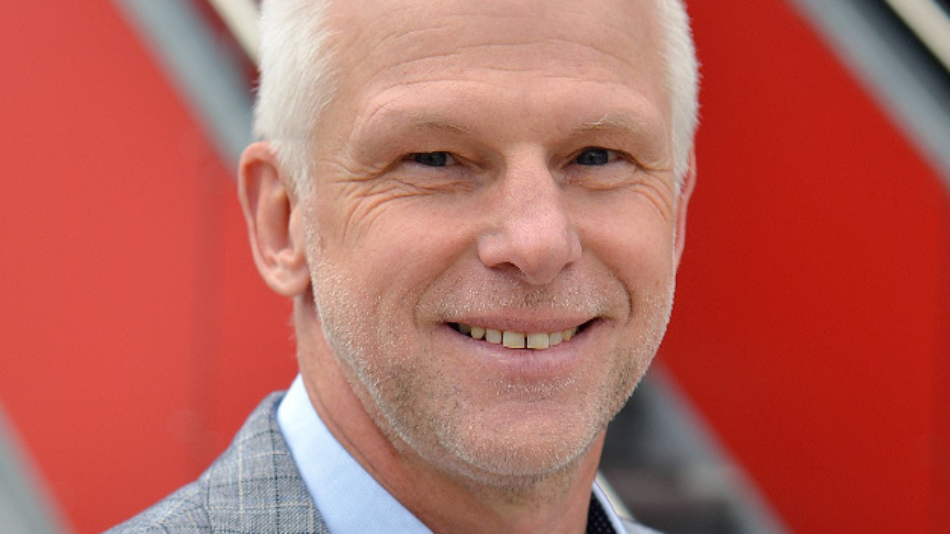 Hermann Püthe wurde zum Vorsitzenden der Fachabteilung Schaltnetzteile & Switching Mode Power Supply gewählt.