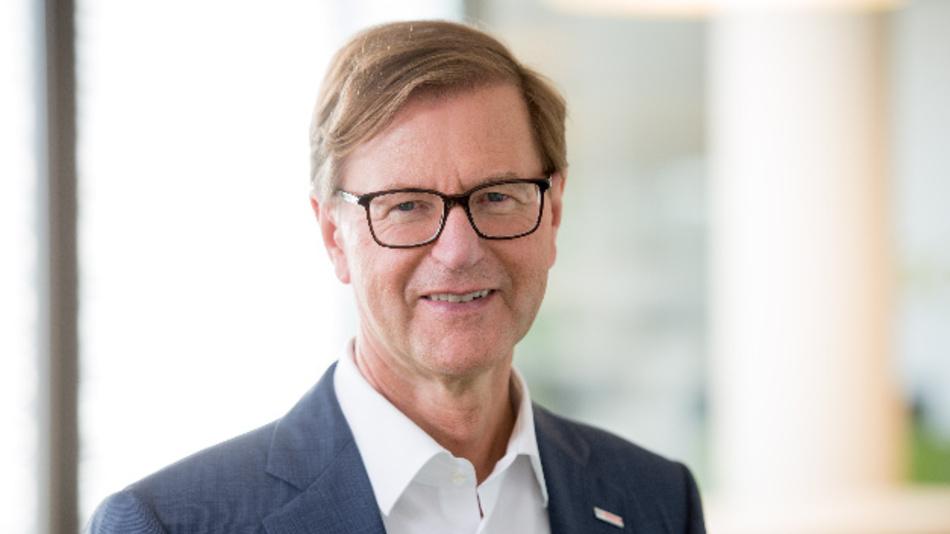 Prof. Dr. Stefan Asenkerschbaumer, Finanzchef und stellvertretender Vorsitzender der Bosch-Geschäftsführung: »Unser Beitrag zur CO2-Reduzierung und damit zum Klimaschutz wird sich nicht nach der Kassenlage richten, sondern ist von nachhaltiger Natur.«