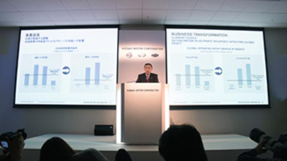 CEO Hiroto Saikawa gibt im Hauptquartier von Nissan bekannt, dass Umsatz und Gewinn im Finanzjahr 2018 zurückgegangen sind.