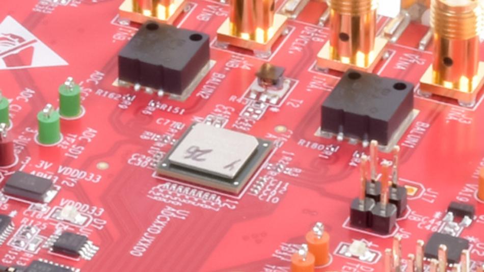 12-bit-ADU mit 10,4 GSPS: ADC12DJ5200RF von Texas Instruments.