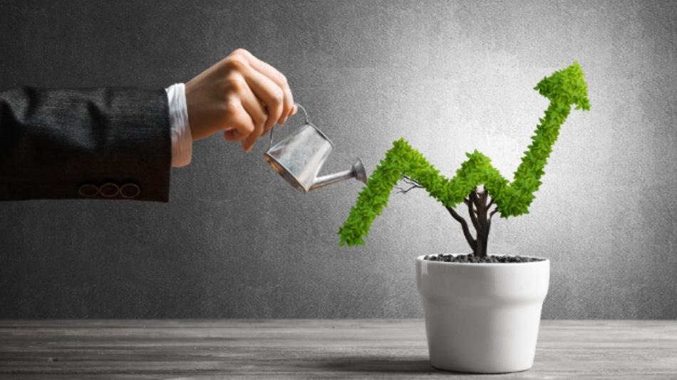 »Wachstumstreiber ist noch immer die optische Kommunikation«, Dr. Martin Vallo, Analyst für Technik und Marktentwicklung bei Yole Développement.