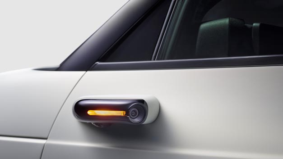 Der neue Honda e, der Ende diesen Jahres erscheint, wird serienmäßig über ein Kamerasystem anstelle von Außenspiegeln verfügen.