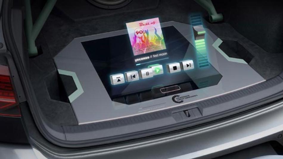 Ein Holografie-Modul im Golf GTI Aurora lässt reale und virtuelle Welt verschmelzen.