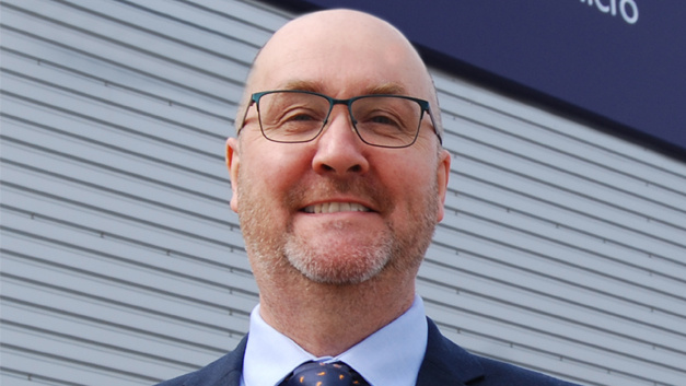 Karl Hollis ist seit 1. April 2019 neuer Director of Engineering Precision Micro Ltd.