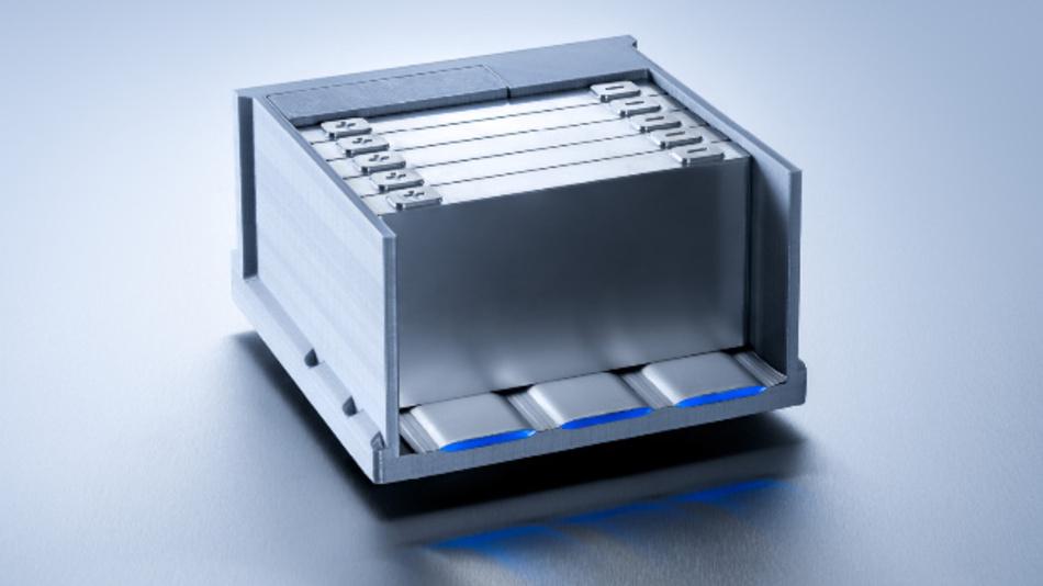 Der Miba FLEXcooler passt sich individuell der Form der Batteriezellen an.