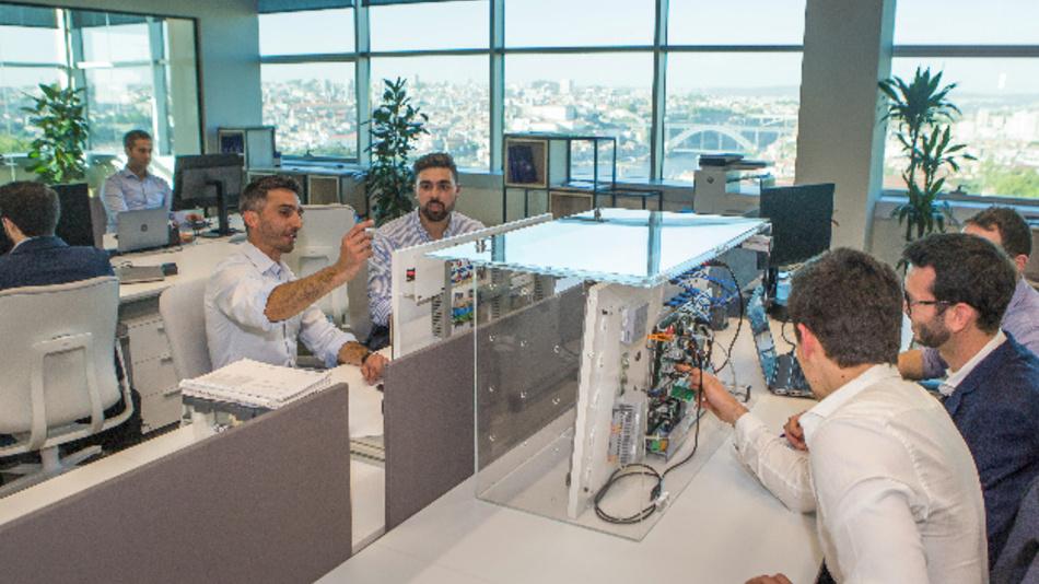 Im neuen Technologie- und Innovationszentrum wird Software für intelligente Lichtmanagement- und Lichtsteuerungssysteme entwickelt.