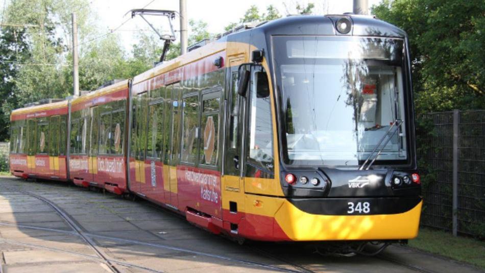 Im regulären Fahrgastbetrieb zeichnet die Karlsruher Messstraßenbahn ab sofort mechanische und elektrische Größen sowie unterschiedliche Umgebungsparameter auf.