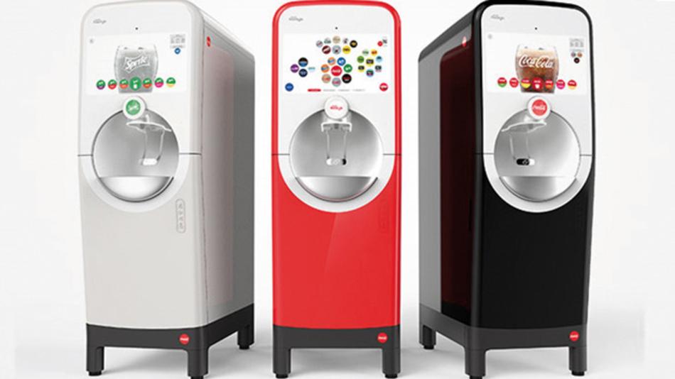 Das patentierte Mikro-Dosiersystem des Coca-Cola Freestyle minimiert nicht nur die Lagerfläche für die Inhaltsstoffe im Automaten, sondern reduziert auch Supply-Chain-Elemente und Verpackungsmaterial