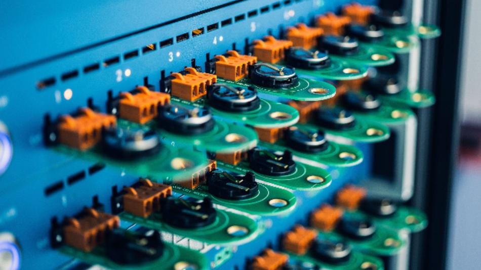 Imec verdoppelt die Energiedichte der Festkörperbatterien auf 400 Wh/kg.