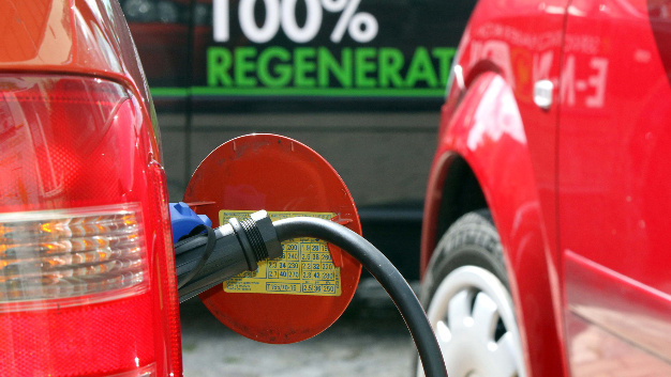 Ein Ziel des Forschungsprojekts ist es, eine steigende Zahl von Elektrofahrzeugen und eine umfassende Stromversorgung aus nachhaltigen Quellen miteinander in Einklang zu bringen.