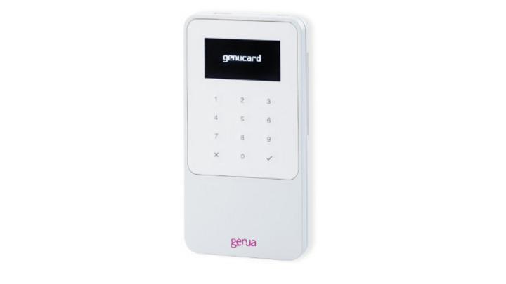 Die genucard 3 für VS-NfD-Kommunikation im Handy-Format.