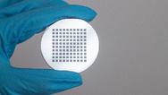 Vielstufige diffraktive optische Elemente  können mit Quantum X hergestellt werden.