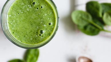 Grüner Smoothie mit Spinat: Einfach nur lecker oder schon Doping?